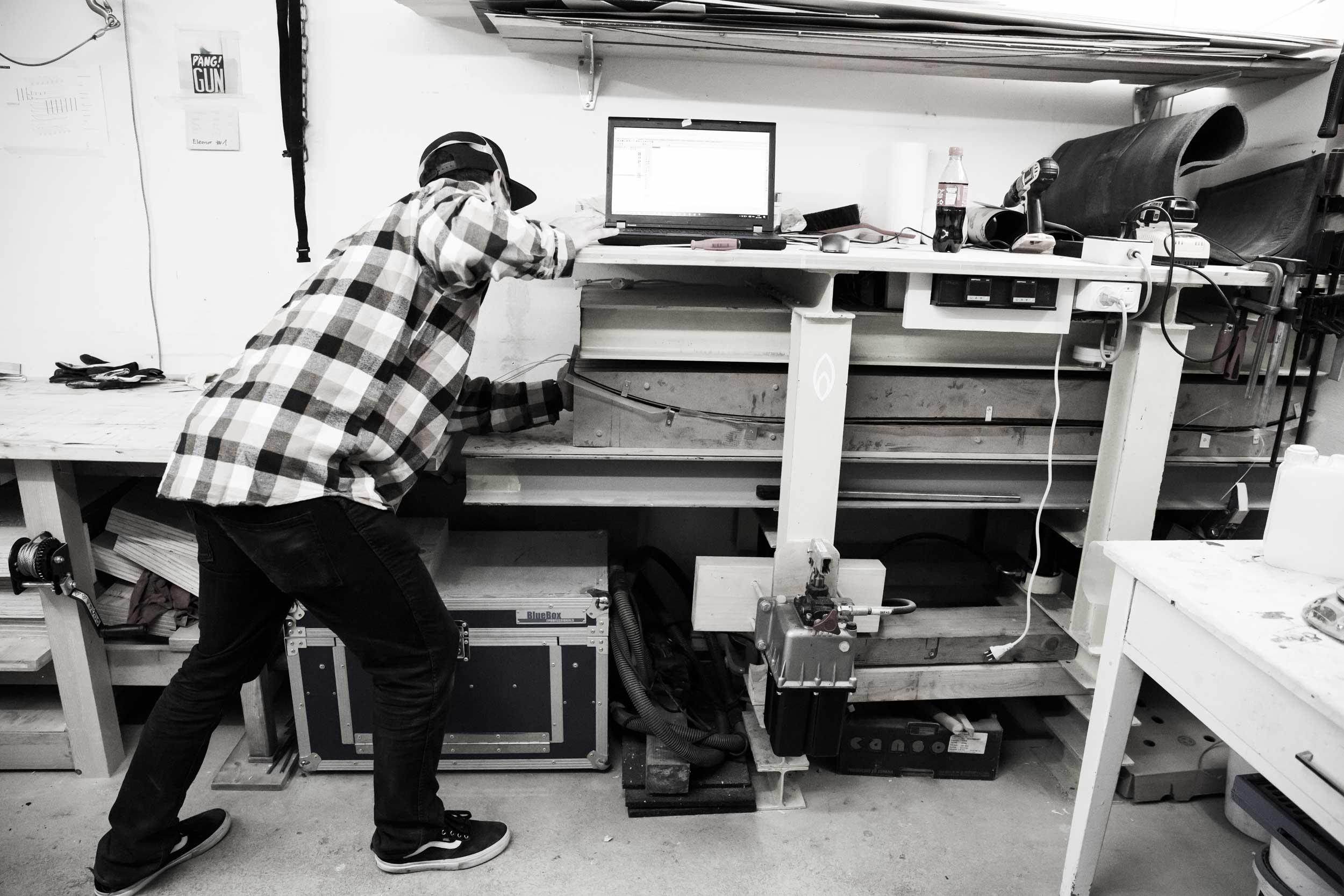 JurgBuhrer_Working